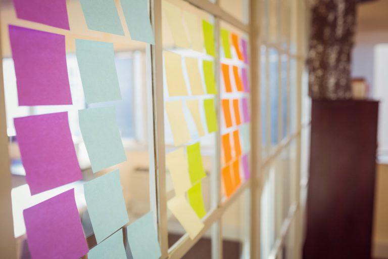 profil firmowy, linkedin, plan działania, mała firma, strategia,, biuro